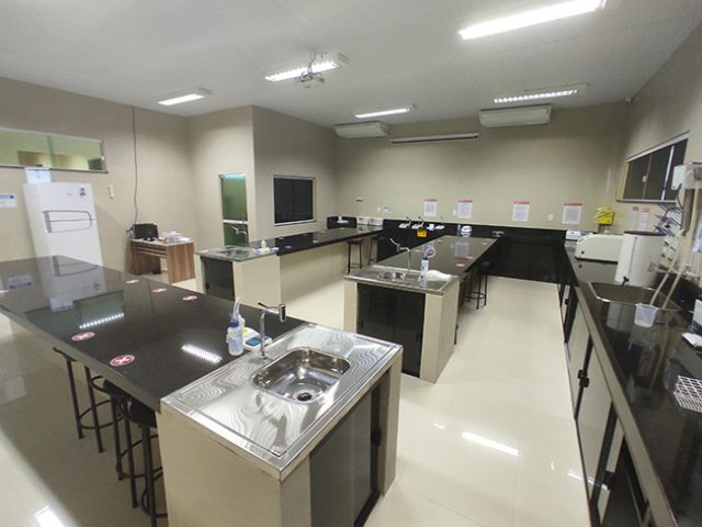 Laboratório de Biologia Molecular e Bioquímica
